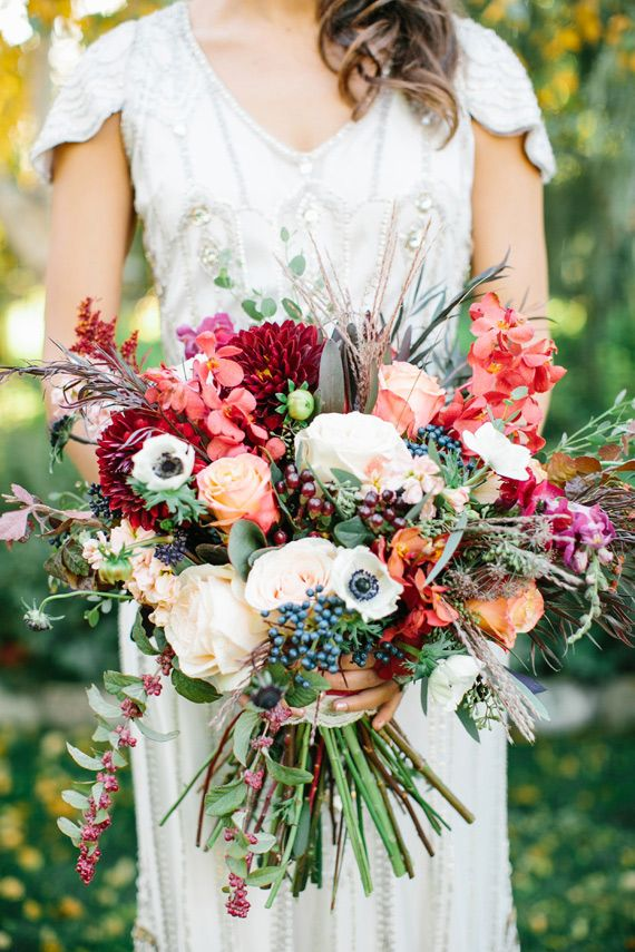 Rich-plum-and-pink-fall-wedding-inspiration-13.jpg 570×855 pixels