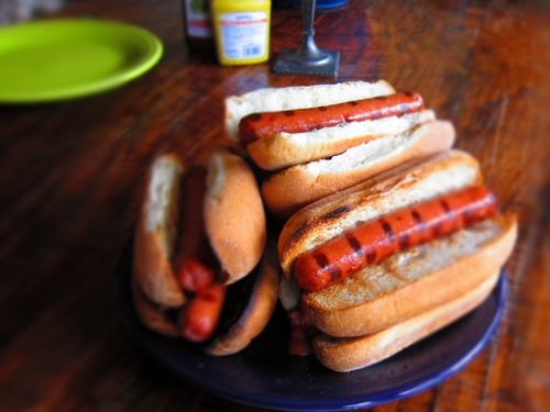 My friend, Jamie, has tried the Udi's gluten free hotdog bun. Hot Dog! Sorry I had to write it. Get to Gluten Free Mom and read her faboo review.