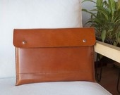15 inch MacBook with pocket in brown leather