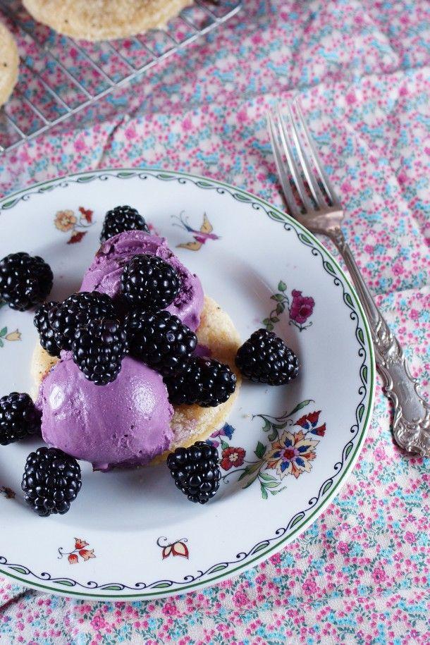 Blackberry Mascarpone Cookie Sundae / Patty's Food @Patty Price / Patty's Food