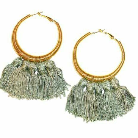 Golden circle earrings with pendants € 18  ♡Art'MadeBijoux♡HandMade in Italy♡ www.etsy.com/it/shop/ArtMadeBijoux