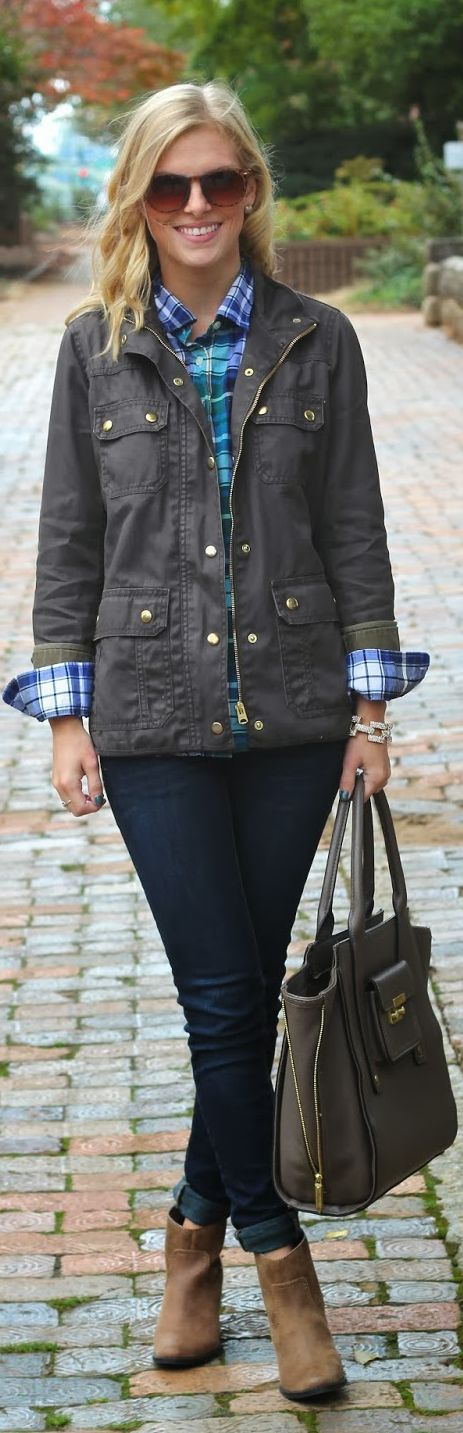 Perfect fall outfit...plaid shirt, waxed cottton field jacket, rolled skinnies,  and ankle boots