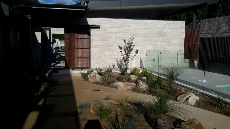 Dural NSW|New home by CBD| Stone Hance & Co Masonry| Trace Architects