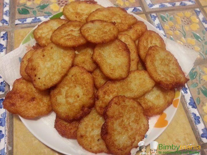 Frittelle di patate Bimby 5 (100%) 1 vote Frittelle di patate Bimby, un secondo sfizioso e veloce. Foto e ricetta di Anna B. Stampa Frittelle di patate Bimby Ingredienti 500 g. di patate 50 g.di latte 75 g. di farina sale pepe q.b. Istruzioni Mettere le patate a tocchetti ed il resto degli ingredienti nel …