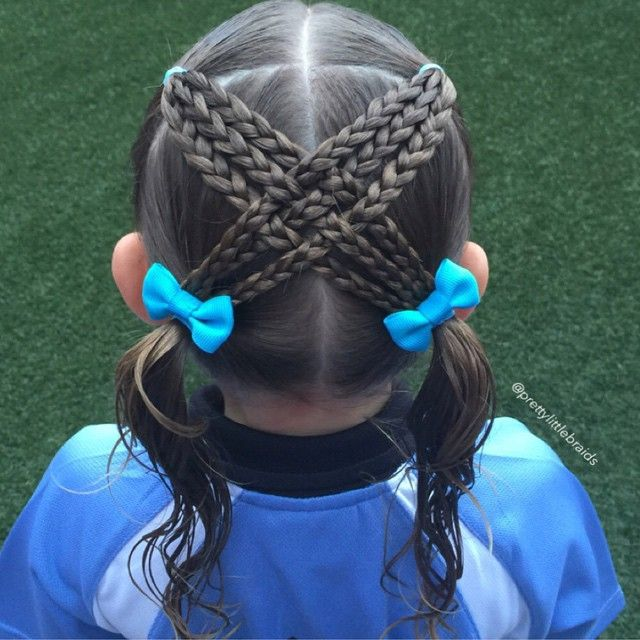 In keeping with the toddler styles I thought this was really cute and simple. I have seen it on IG and haven't noted whose style it is.  Great style for school Soccer today! ⚽️ #littlegirlshairstyles #cutegirlshairstyles #braid #braids #braidsforgirls #braidphotos #instabraid #instahair #peinados  #cutehairstyles101 #geflochten #hairstylesandtips #braidideas #bnwbraids #solopeinados @bestofhair #instabraid #hairinspiration