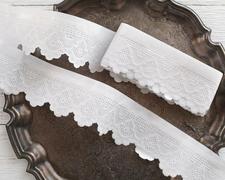 Paper Lace Border - 5 Meters of Adhesive White Scalloped Paper Trim, Made in Germany
