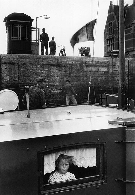 Willy Ronis, Ecluse à Anvers