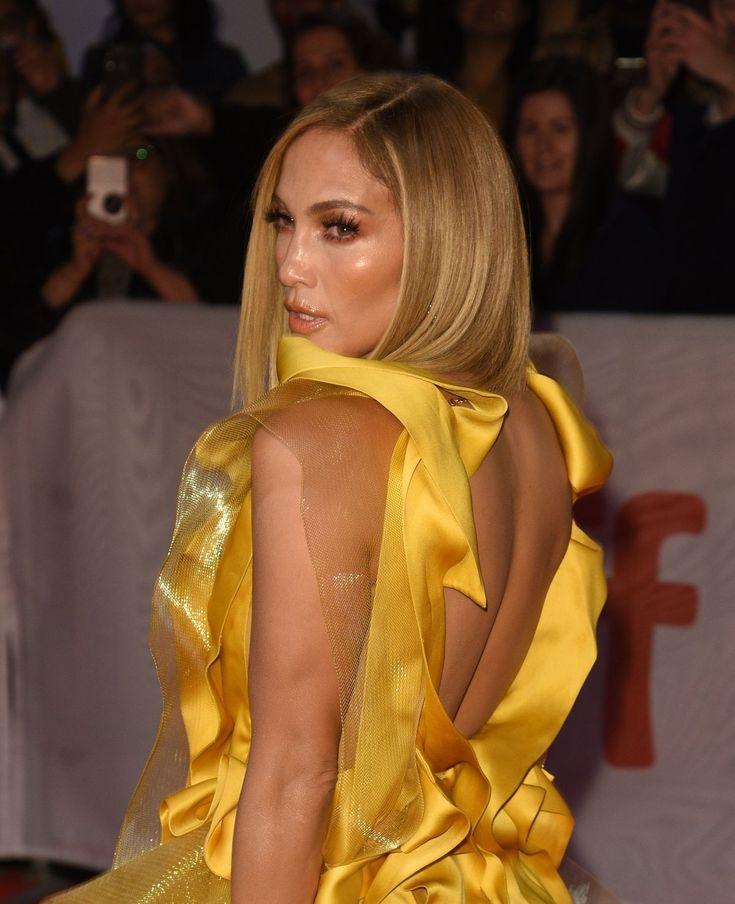 Jennifer Lopez Braless Boobs Cleavage | Hot Celebs Home