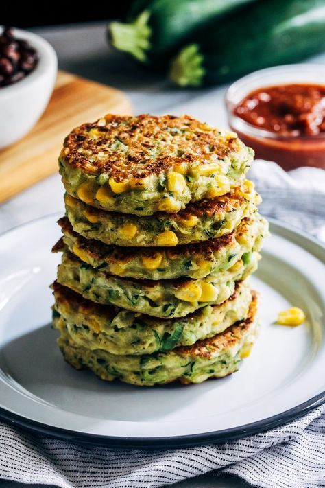 Healthy Zucchini Corn Fritters- all you need is 8 simple ingredients to make these summery zucchini fritters! (vegan, gluten-free, grain-free)