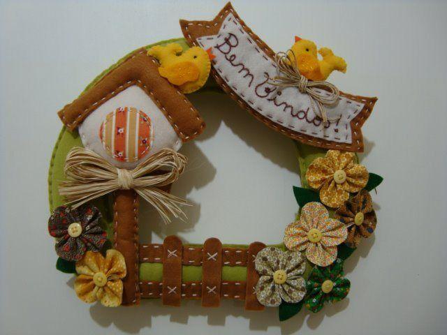 Enfeites de porta de feltro- Casinha e flores