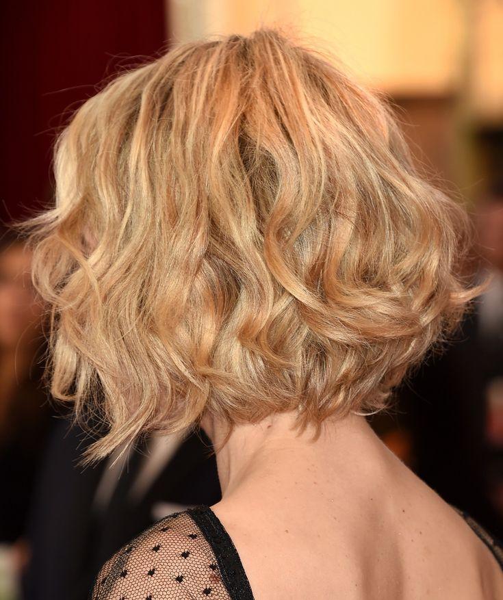 SAG Awards – Mais um cabelo messy, na Rachel McAdams – meu palpite é que elas escolheram esse visual porque 1. dá um contraste legal com o vestido gala & 2. o Sag é um prêmio menos formal que o Oscar! No make ela fez um esfumado marrom brilhosinho