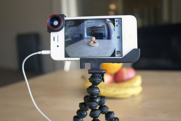 Five tools every iPhone photographer must have - I love taking pictures with my iPhone and this has some tips in addition to products that CNET recommends for iPhone photographers, I just wish more iPhone photo accessories worked with cases