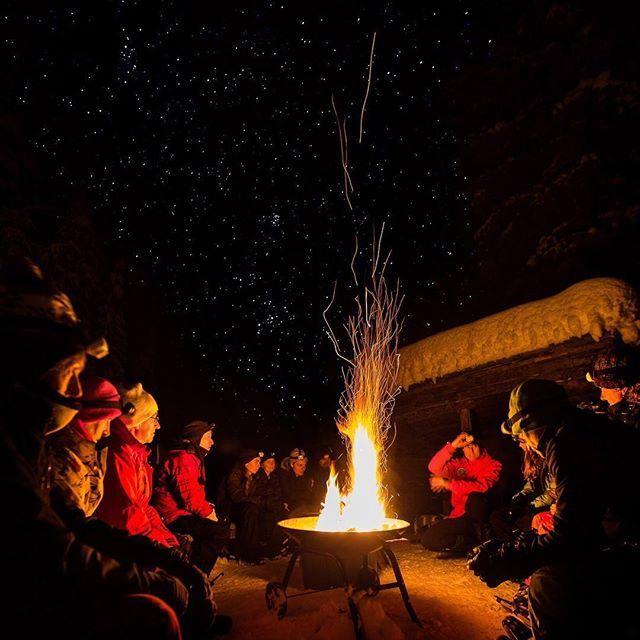 Smores under the stars ✨ and campfire stories 🔥 @sunpeaksresort #SunPeaks260