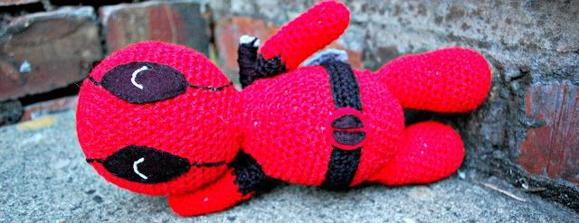 amigurumi deadpool - free crochet pattern | the geeky knitter | Bloglovin'