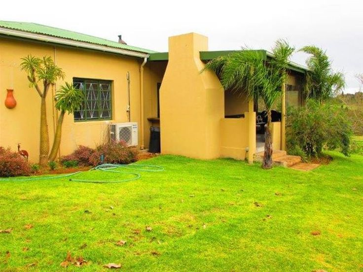 Allandale Farm Citrusdal - Allandale Farm Cottages is located on a working tea and citrus farm in the mountains bordering the Cederberg Wilderness Area.  Activities in the area include hiking, mountain biking, 4x4 scenic drives, ... #weekendgetaways #citrusdal #southafrica