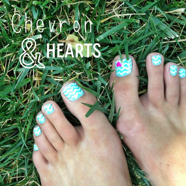 Nail Art Pik Avenue: 25+ Best Ideas About Chevron Toe Nails On Pinterest