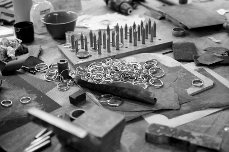 A love for design, sustainability, and raw art have led this duo from  Norway and Switzerland down a road of unique and timeless jewelry design.