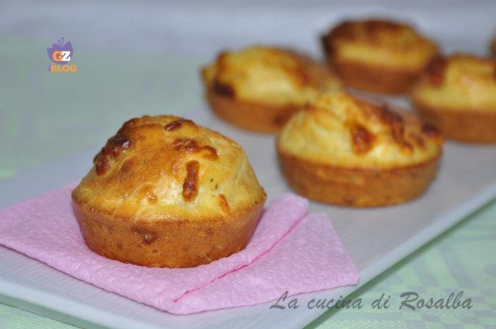 i muffin salati al gorgonzola sono ideali per una cena buffet, un finger food gustoso, si adatto anche se preparati per una ricca merenda