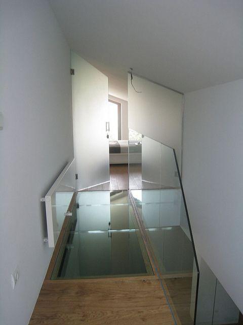 Vidreglass: Puerta con cristal Decorflou. http://vidreglass.com