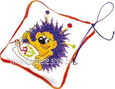 Набор для вышивания игольницы Машенька Ежик вышивает 01.040.01