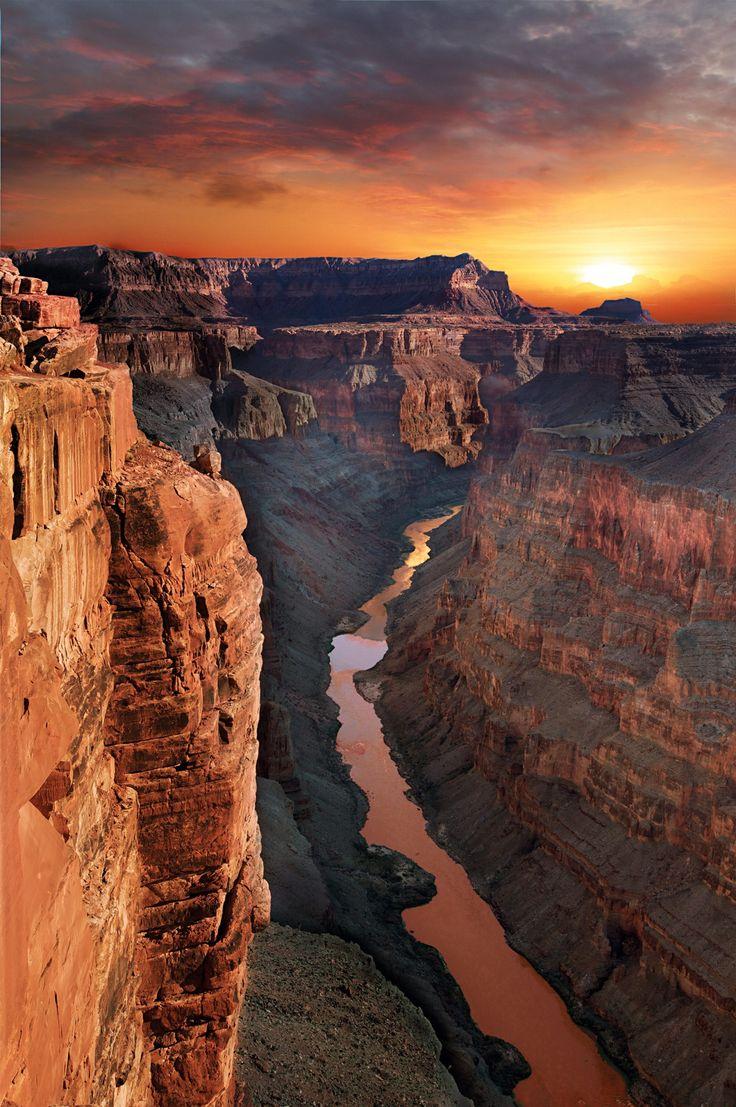 Sunset at Grand Canyon, Utah, USA