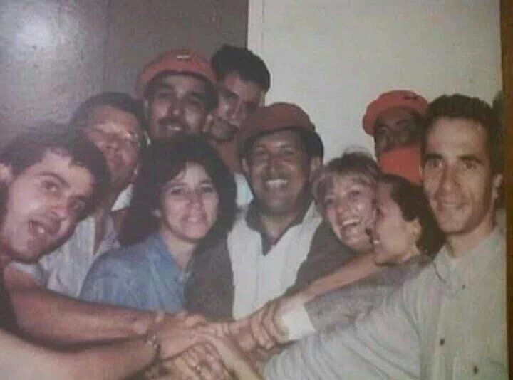 LA BALA: EL HOMBRE QUE VOLVIO MIERDA A LA BURGUESIA Y A LOS...