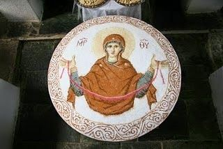 Πως φτιάχνουν τα κόλλυβα οι μοναχοί στο Άγιον Όρος - Η ΔΙΑΔΡΟΜΗ ®