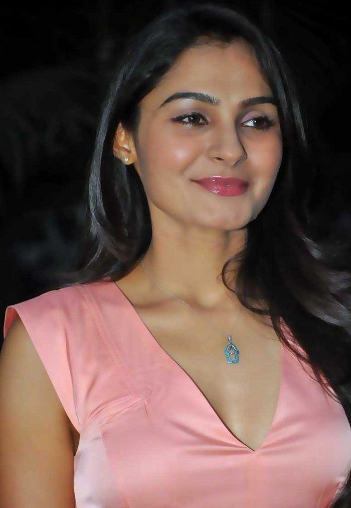 Andrea Jeremiah dashing Image #Andrea Jeremiah #Andrea #Tamil Actress