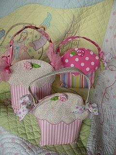 Cupcake Treat Bag PDF...darlingHandbags Cheap, Gucci Bags, Handbagsreplica Design, Treats Bags, Designer Handbags, Design Handbagscheap, Cupcakes Bags, Design Handbagsreplica, Cupcakes Rosa-Choqu