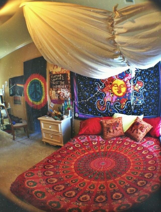 45 best images about diy hippie on pinterest for Room decorating ideas hippie