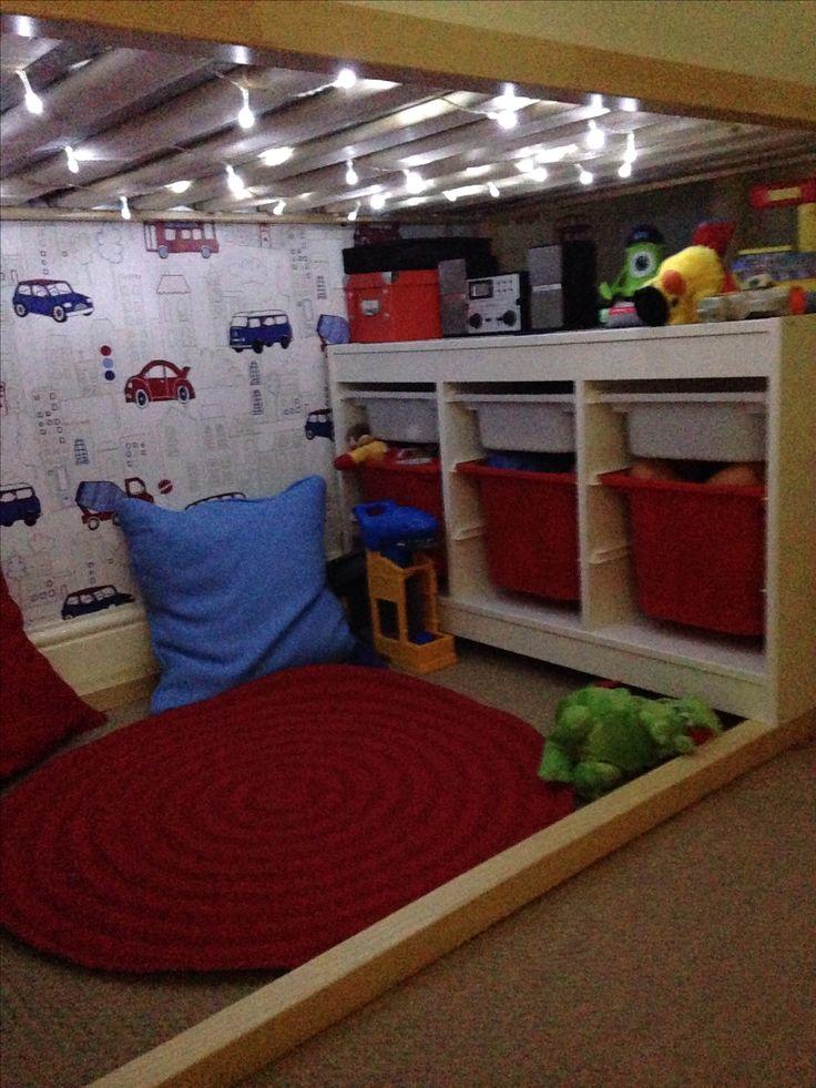 End storage under loft bed