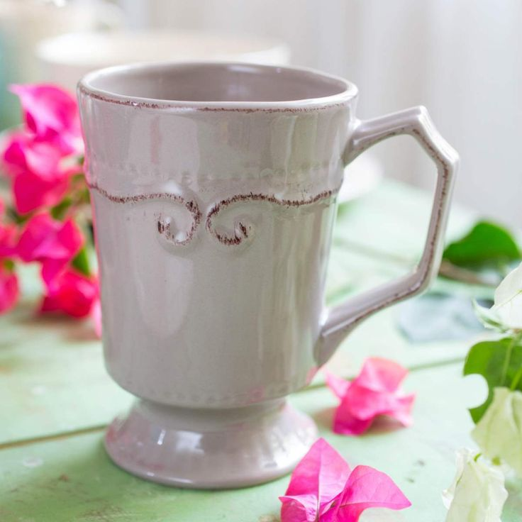 VICTORIAN DESIGN CHOCOLATE MUG.  This Victorian design inspired Coffee Mug in pedestal style is perfect to serve coffee or hot cocoa for breakfast.    #KDM #Sale #Design #CoffeeMug #PartyIdeas #Crockery #Dinnerware