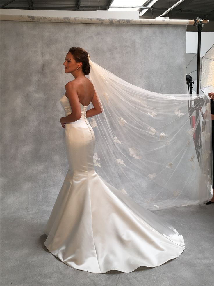 Our beautiful 'Reese' gown by Anna Sorrano' on set at one of our photoshoots ✨ We love the simplicity of this luxurious satin fishtail gown which can be easily accessorised to suit your style ✨