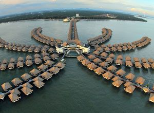 16 of the cheapest over water resorts. Great for your honeymoon!!!