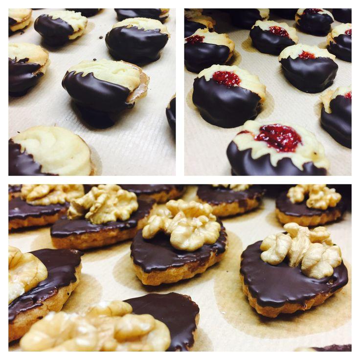 Mmmmm. Galletas Viñallonga. Galetes Viñallonga. Pastes de te. #foodies #coffee #catering #jaumevinyallonga #pastisseriaviñallonga #pastisseriavinyallonga #cookies