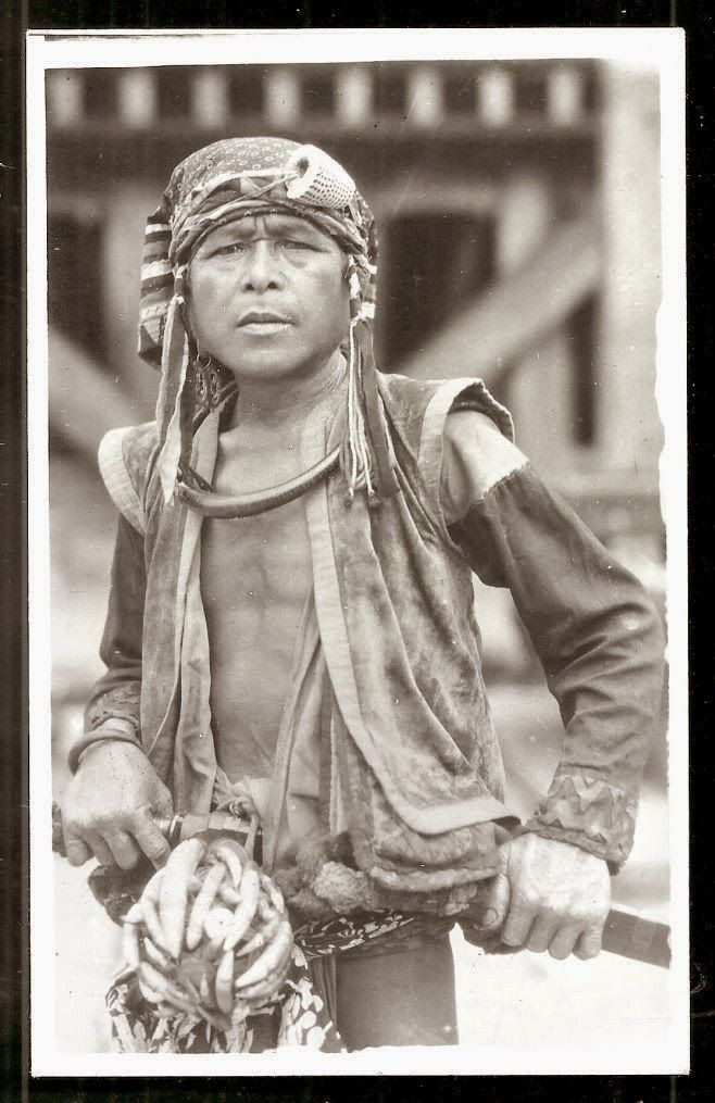 Indonesia, Sumatra ~ Nias Warrior Costume, Indonesia 1920s ~ Nīas (Indonesian: Pulau Nias, Nias language: Tanö Niha) is an island off the western coast of Sumatra, Indonesia. Nias (Kepulauan Nias) is also the name of the archipelago, including the small Hinako Islands.