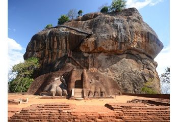 Experience the Wonders of Sri Lanka in a Cycling Tour