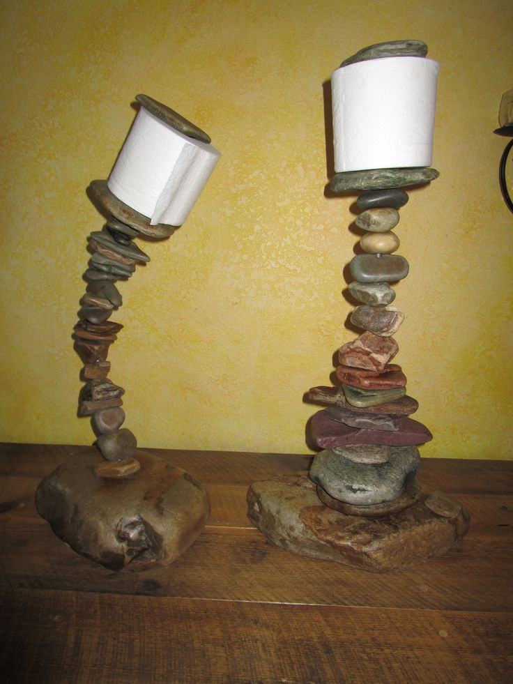 Free standing toilet paper holders