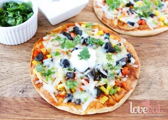 Овощная пицца-кесадилья
