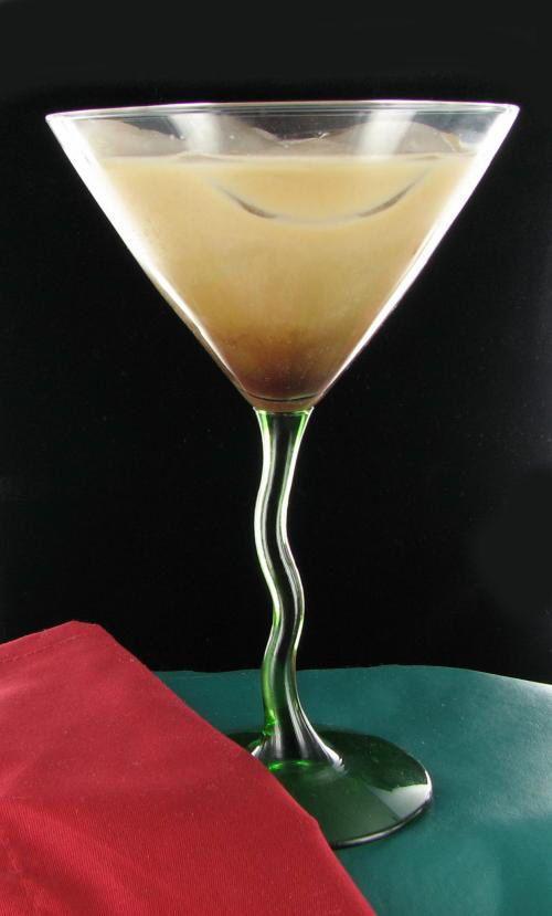 Toasted Almond Cocktail - Kahlua Amaretto Cream -
