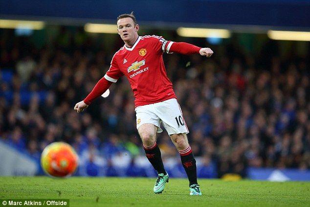 OLE777Sports - Wayne Rooney nampaknya akan bermain di Liga Tiongkok sebelum berakhirnya musim ini.Rooney mendapatkan tawaran sebesar £32 Juta pertahun