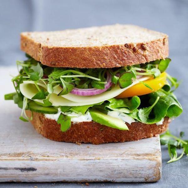 Sandwich con vegetales