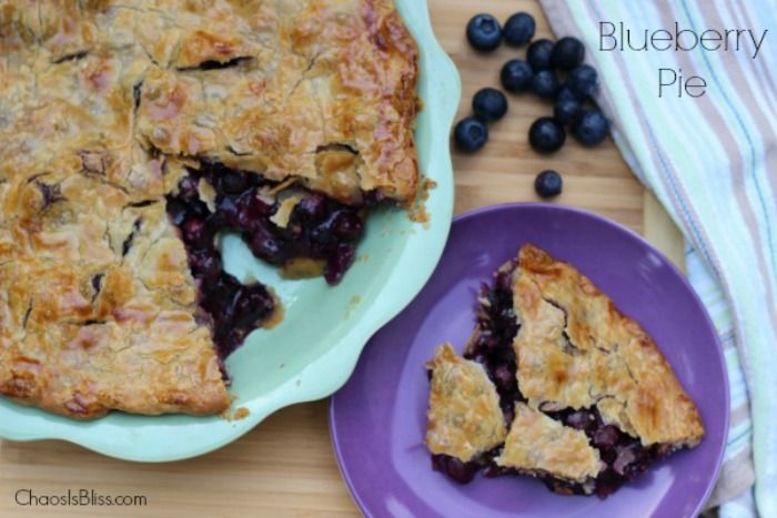 Your family is sure to enjoy this Blueberry Pie recipe! It's super simple to make and ohhhh so divine1