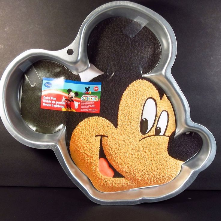 Wilton Mickey Mouse Clubhouse Cake Pan Head with Insert 2105-7070 #Wilton