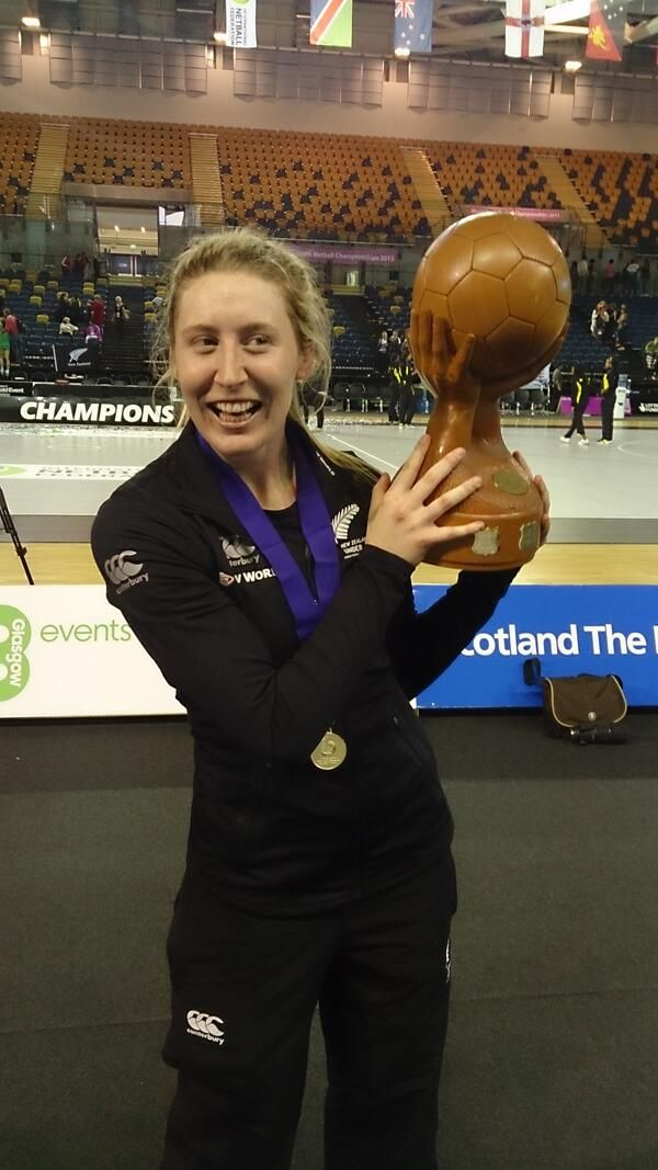 Zoe Walker with the Trophy #NZU21 #Champion #Gold