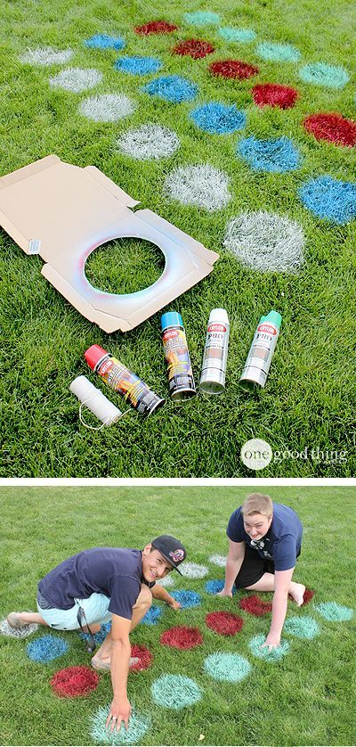 Make some memories with these fun ideas for family reunions! Lawn games.