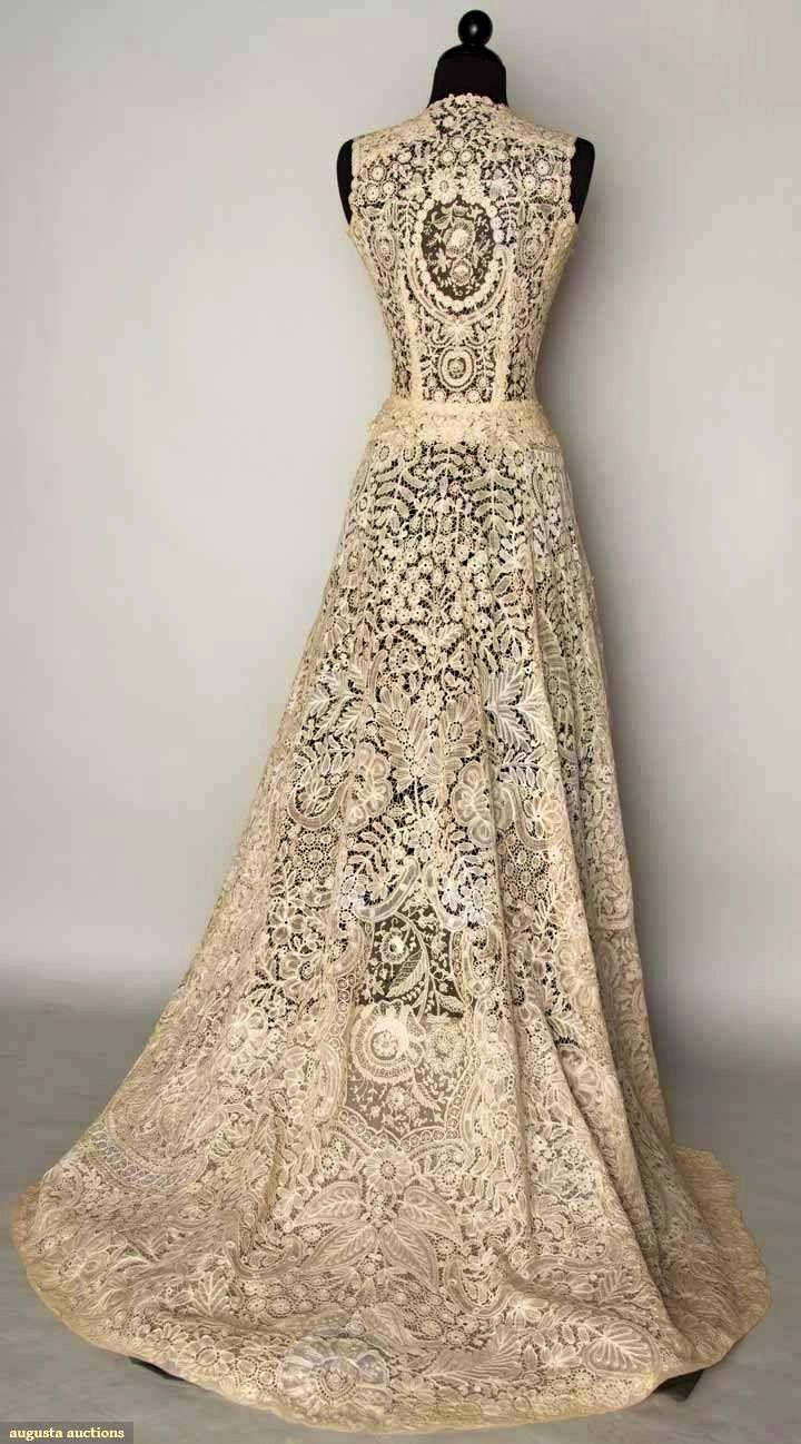 best fantastic looks images on pinterest evening gowns short