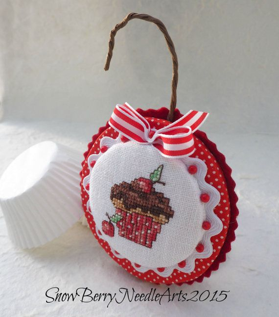 Cherry Cupcake Cross Stitch Ornament от SnowBerryNeedleArts