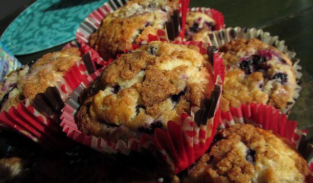 Kanelitytön kakkuparatiisi: Mustikkamuffinssit kanelicrumblella ♥ Maailman par...