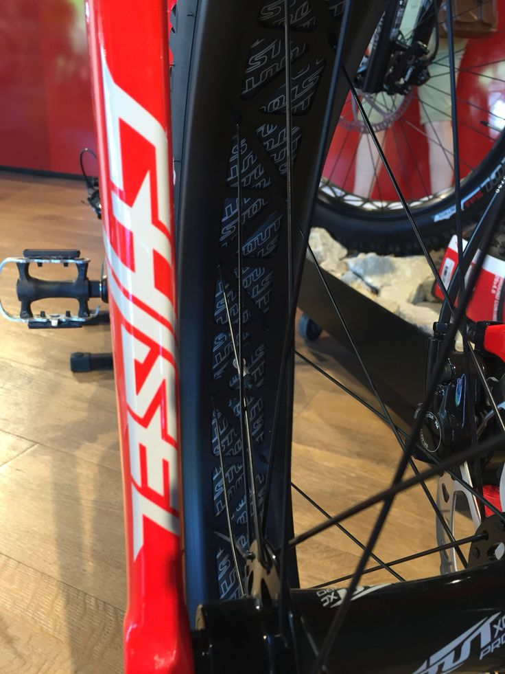 Epic  Specialized Fatboy Chisel fork Clean and Beatiful Specialized Pinterest